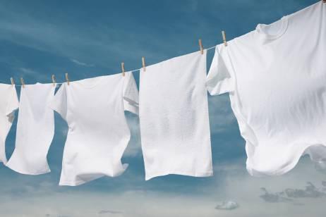 Тайната на белите дрехи