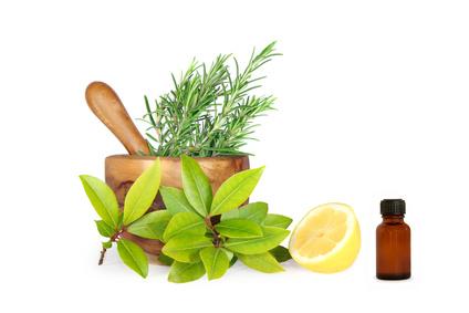 Как да използваме етерични масла в почистването