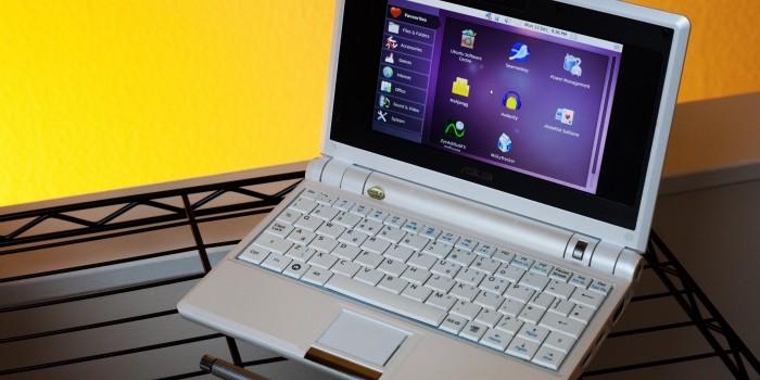 Как да почистим монитора и клавиатурата на компютъра