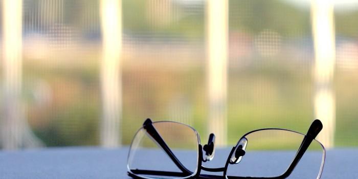 Как да почистим очилата