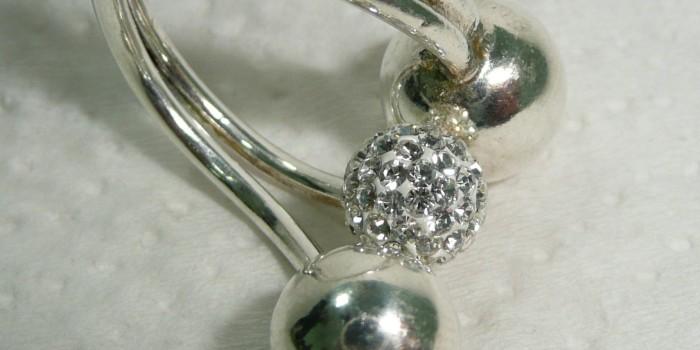 4 неочаквани съставки, които могат да почистят сребро
