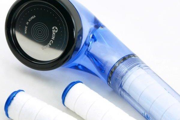 Филтър за душ – пречиства и омекотява водата