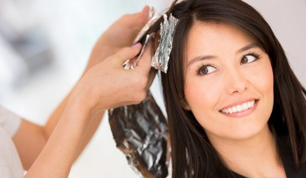 Как да почистим боя за коса бързо и лесно